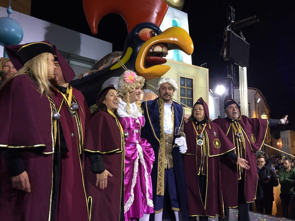 Milhares de foliões na inauguração do Monumento ao Carnaval de Torres Vedras