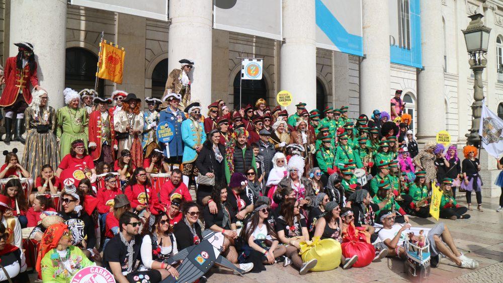 """Embaixada Real do Carnaval de Torres Vedras """"conquistou"""" a capital"""