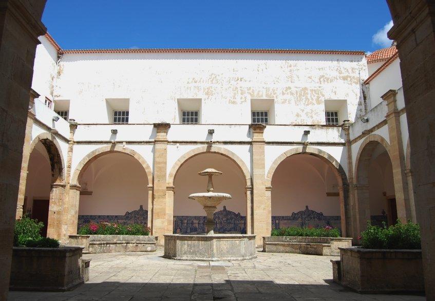 Museu Leonel Trindade sofreu tentativa de assalto na noite passada