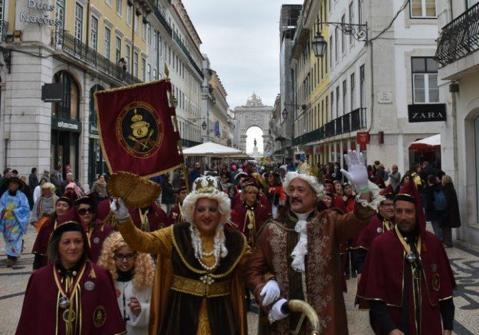 Viagem da Embaixada Real do Carnaval de Torres Vedras a Lisboa já este sábado