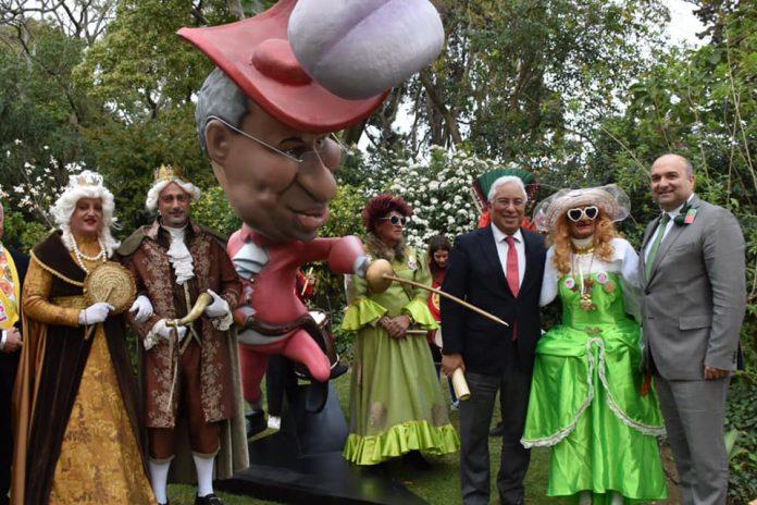 António Costa recebeu o Carnaval de Torres Vedras em São Bento