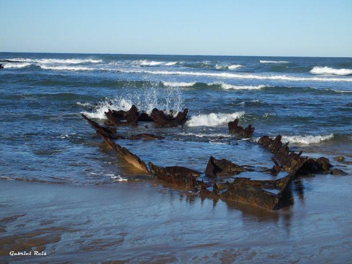 Zona de perigo entre a Praia Azul e a foz do rio Sizandro