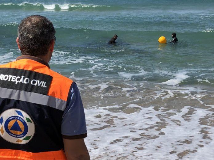 Zona de perigo na Praia Azul já se encontra sinalizada