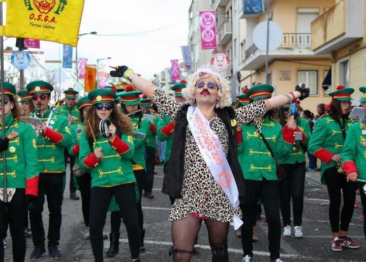 500 mil pessoas juntaram-se à folia do Carnaval de Torres Vedras