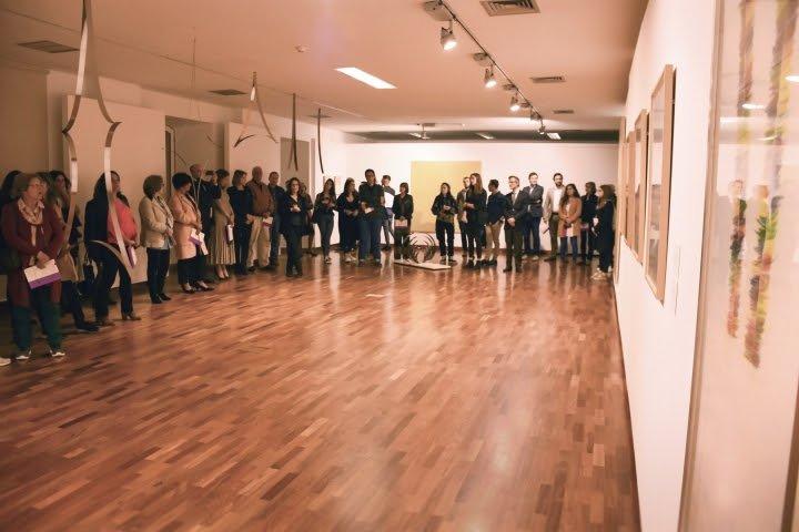 Pintura, desenho, escultura e vídeo dão forma à exposição de Ângelo de Sousa