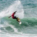 Surfistas de volta à água no Pro Santa Cruz