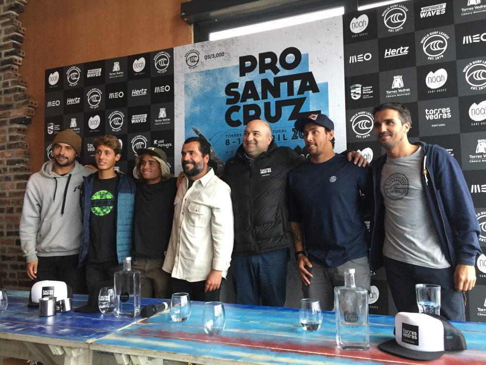 'Kikas', Silveira e Nat Young na etapa do mundial de qualificação de Santa Cruz