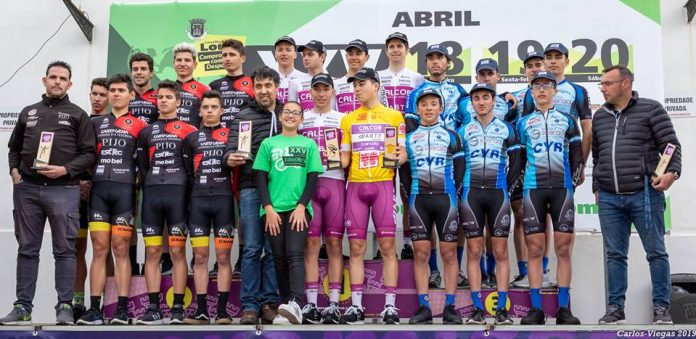 Juniores conquistam bronze no Algarve