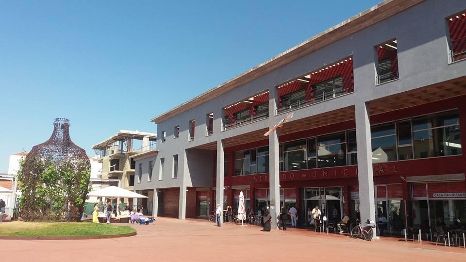 Obra junto ao Mercado Municipal vai ser retomada