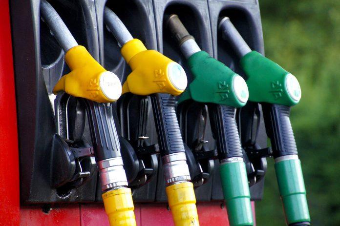 Dois postos de combustível em A-dos-Cunhados sem gasóleo