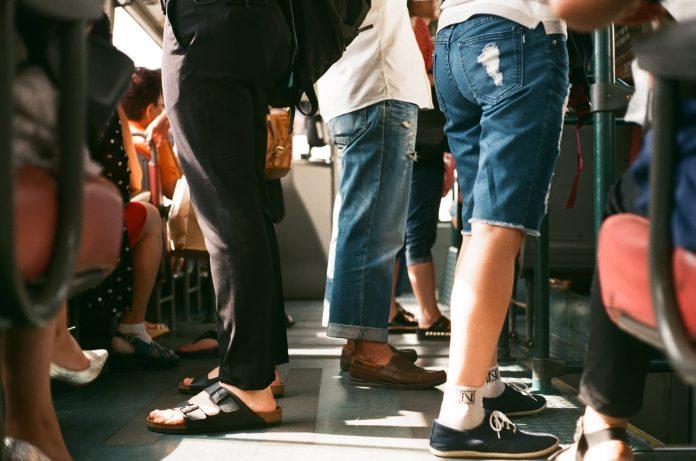 Novos descontos em passes para estudantes aumentam encargos dos municípios do Oeste