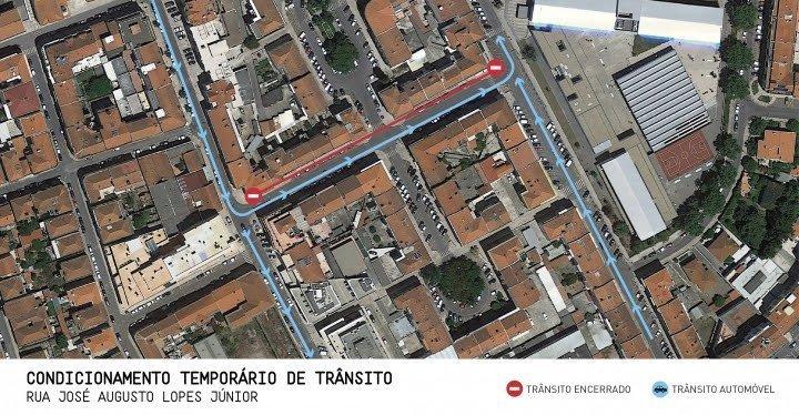 Condicionamento de trânsito na Rua José Augusto Lopes Júnior