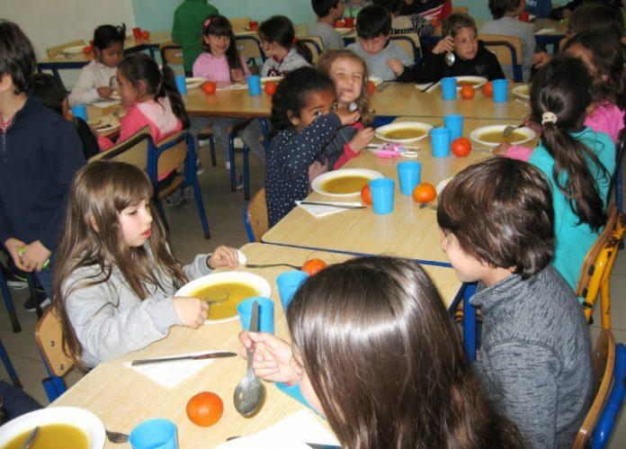 """Projeto """"Conhecer o que Como"""" proporcionou almoço diferente na EB de Penafirme"""