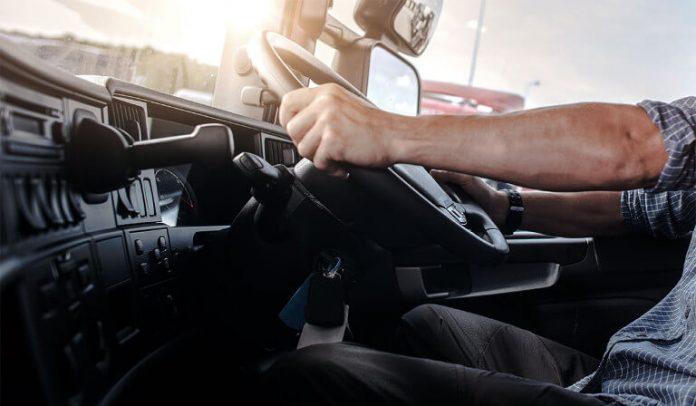 Oito detidos por corrupção com certificados de motoristas de veículos descaracterizados