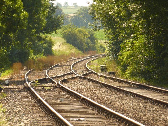 Governo reforça composições na Linha do Oeste a partir de julho