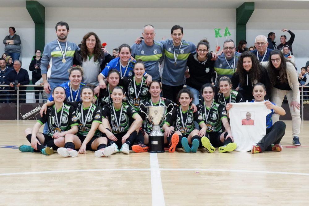 Equipa de futsal feminino dos Arneiros volta à Primeira Divisão