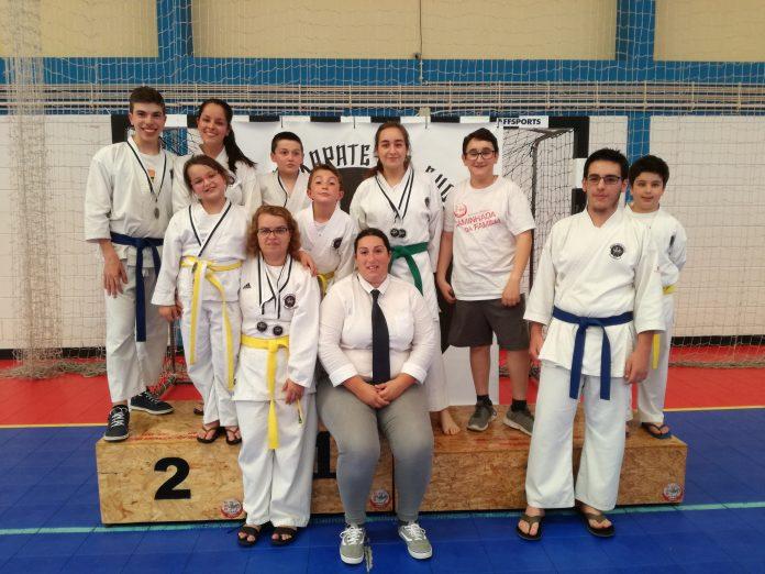 Clube de Karate Shodai arrecada 8 medalhas em Torneio Tradicional de Karate