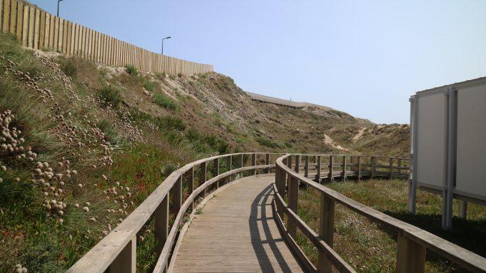 Inauguração da requalificação da Praia Azul marcada para dia 15 de junho