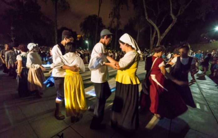 Baile Gaiteiro | Workshops de dança, concertos e bailes