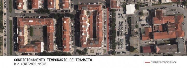 Condicionamento de trânsito na Rua Venerando de Matos