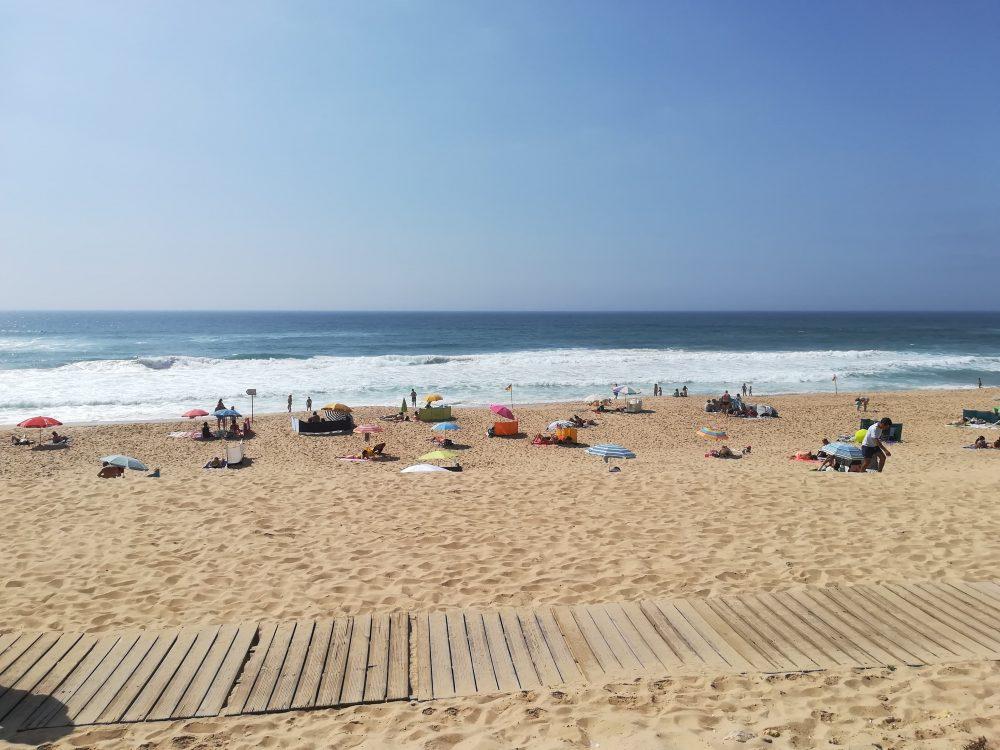 Praia em Torres Vedras interdita a banhos e desportos náuticos
