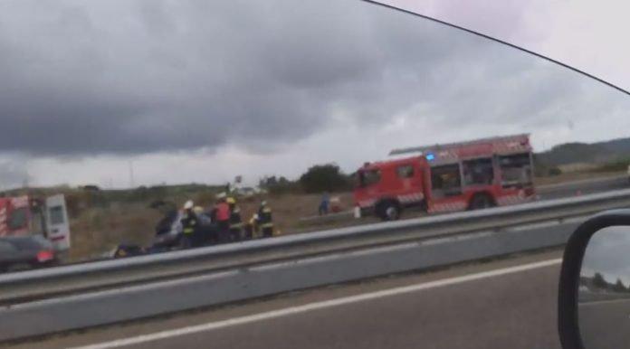Acidente na autoestrada A8 provoca três feridos graves