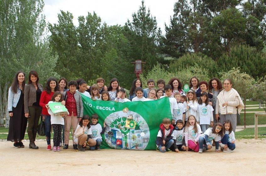 """52 escolas do concelho consideradas """"Eco Escolas"""""""