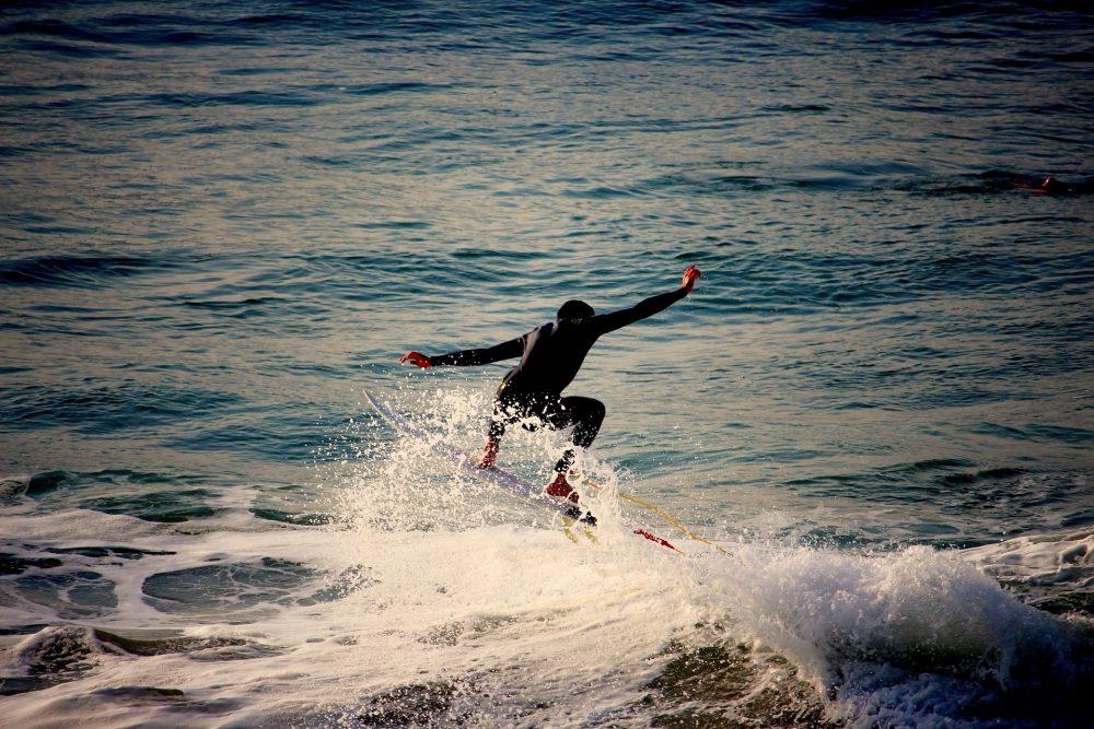 Portugal quer revalidar título europeu de surf em Santa Cruz