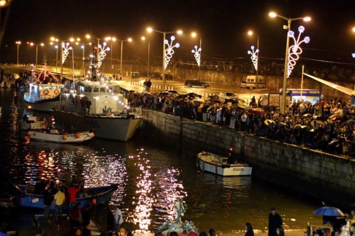 PENICHE: Procissão noturna sai para o mar no sábado