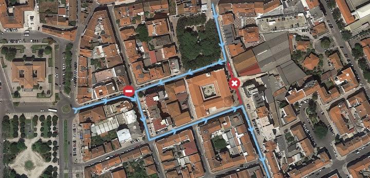 Corte de trânsito em troço da Rua Santos Bernardes