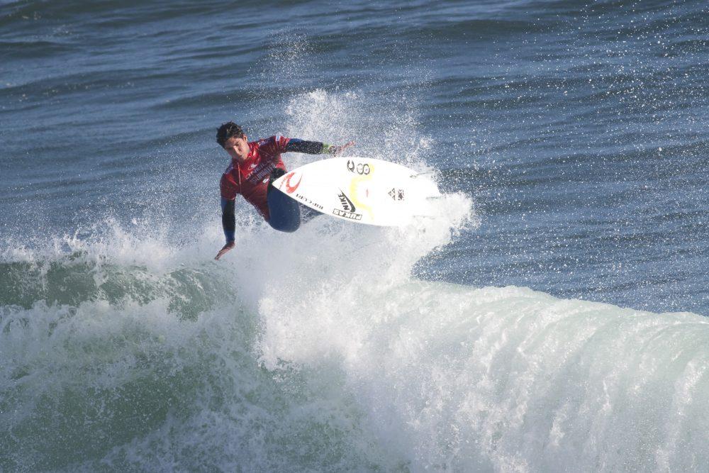 Organização mantém decisão sobre interferência do surfista Medina em Peniche