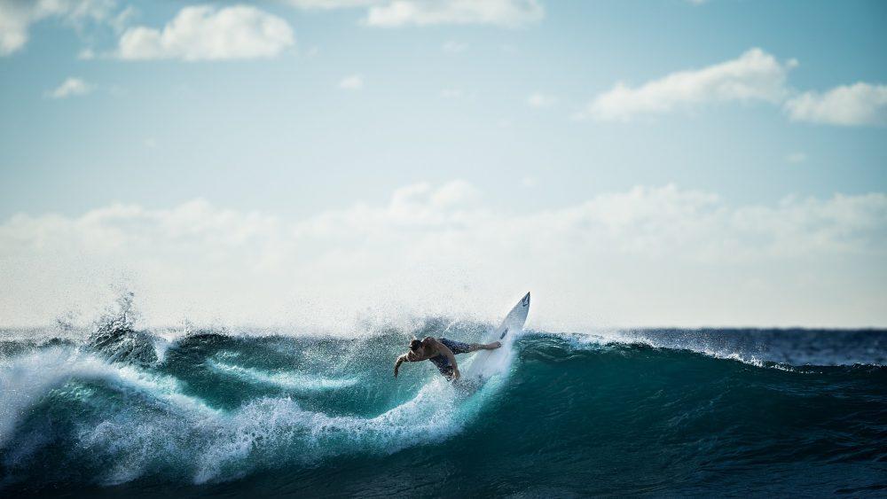 Miguel Blanco recebe convite para etapa portuguesa do circuito mundial de surf
