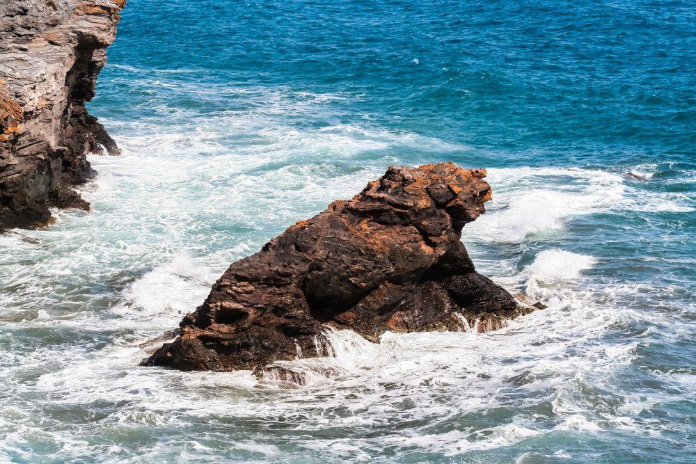 Autoridades procuram homem que caiu ao mar em Peniche