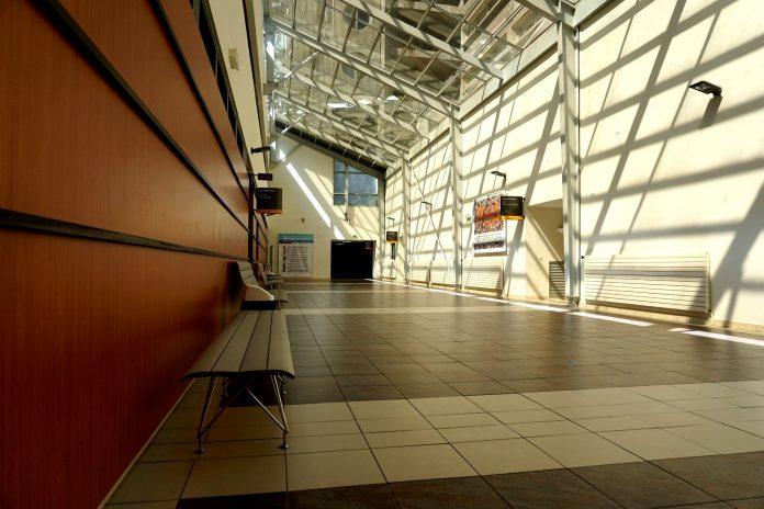 Bloco denuncia incumprimento de direitos dos trabalhadores nos hospitais do Oeste