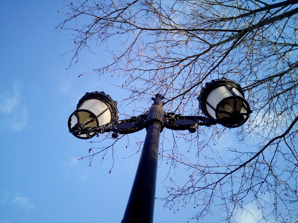 PENICHE: Câmara aposta na modernização da iluminação pública