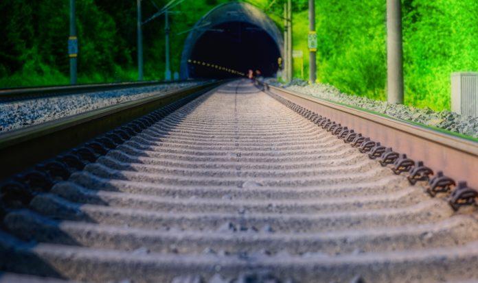PSD quer conhecer motivos do atraso das obras de modernização da Linha do Oeste