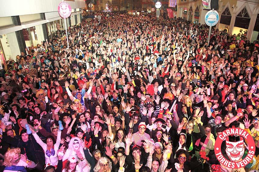 Carnaval de Torres Vedras à espera de meio milhão de foliões