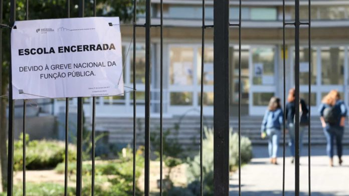 Greve: Algumas escolas fechadas, utentes aguardam consultas em Santa Maria