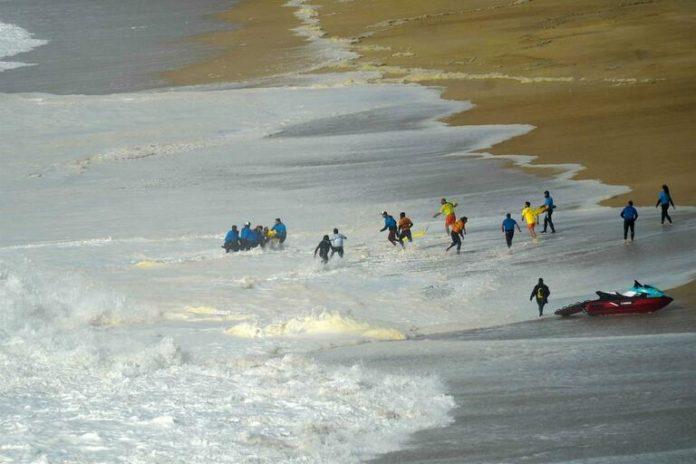 Surfista Alex Botelho permanece estável com ventilação assistida