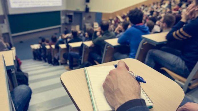 ARRUDA DOS VINHOS: Município atribui Bolsas de Estudo para estudantes do ensino superior