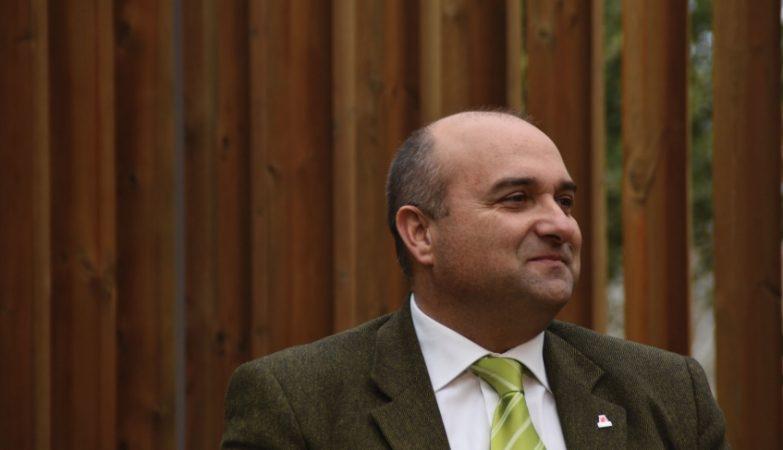 Autarca Carlos Bernardes único candidato ao PS/Oeste