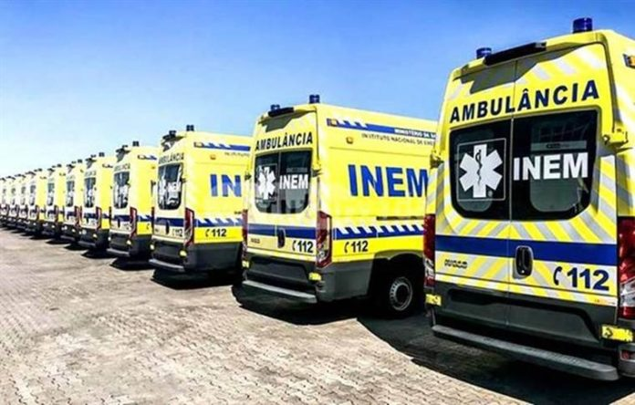 Covid-19: Empresa das Caldas da Rainha desinfeta gratuitamente ambulâncias e carros da PSP