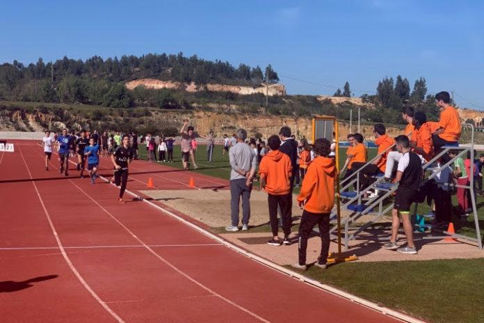 Pista Municipal de Atletismo recebeu prova do Desporto Escola