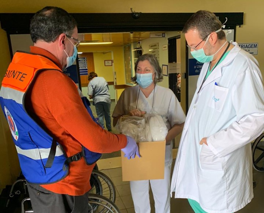LOURINHÃ: Município doou uma centena de cogulas ao hospital de Torres Vedras