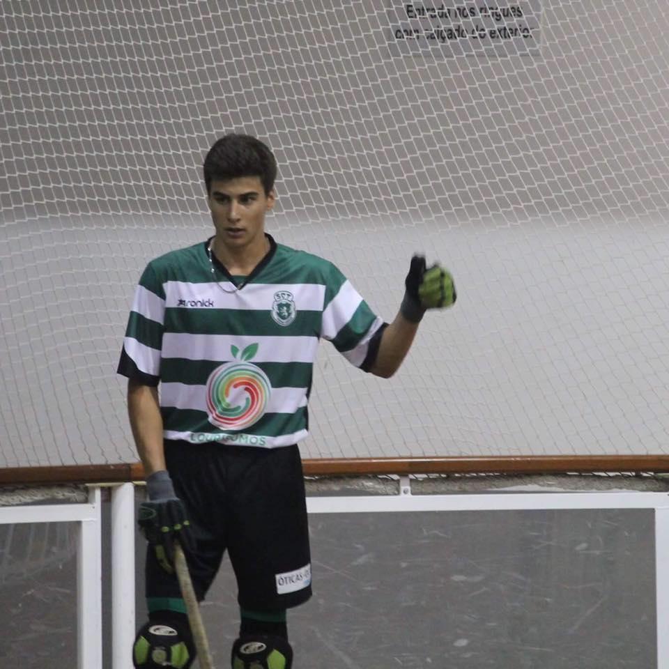 Francisco Granadas deixa Sporting Clube de Torres para integrar a equipa de galegos do Compañia de Maria