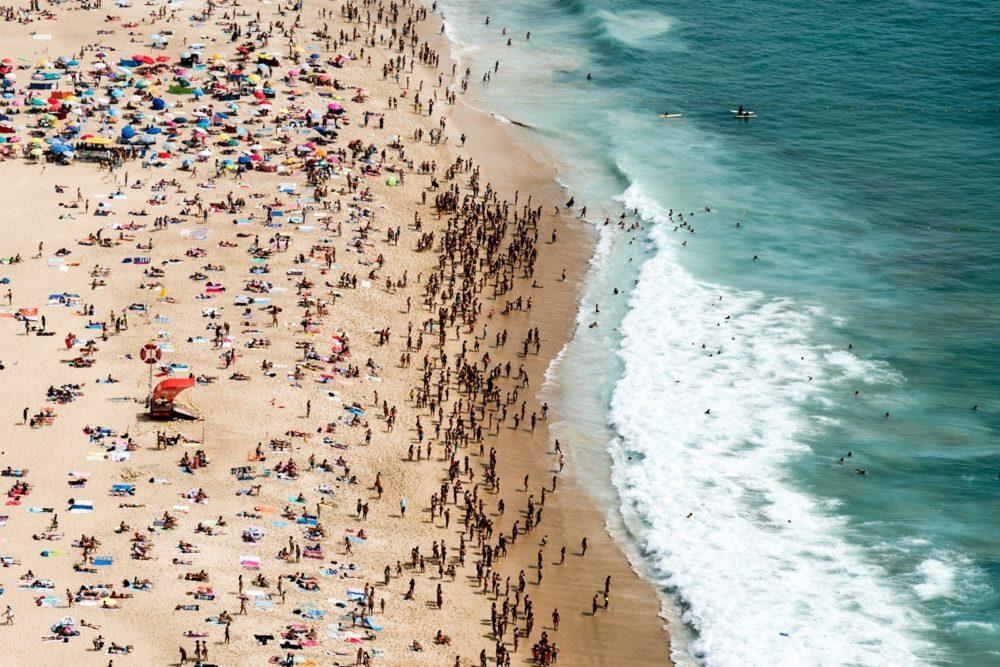 Covid-19: Nazaré com máximo de 17.100 utentes e seis praias podem ter problemas de lotação