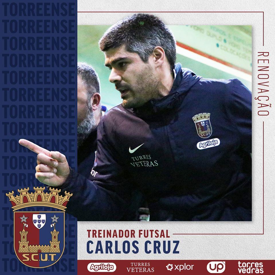 Futsal: Carlos Cruz renova contrato com Torreense