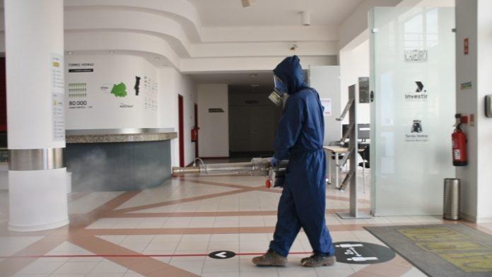 COVID-19: Proteção Civil realiza desinfeção de edifícios públicos