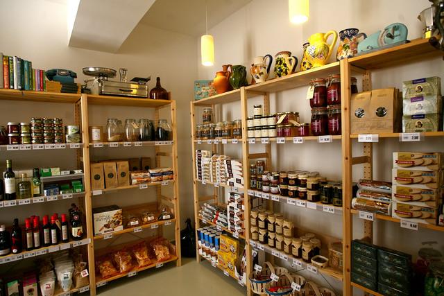 Torres Vedras disponibiliza 800 vales de bens alimentares no comércio local