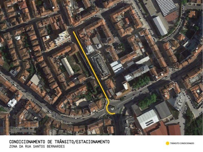 Condicionamento de trânsito e de estacionamento na zona da Rua Santos Bernardes